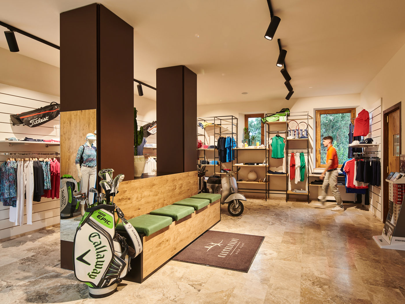 The best golf shopping in Golf Club Castelfalfi's proshop
